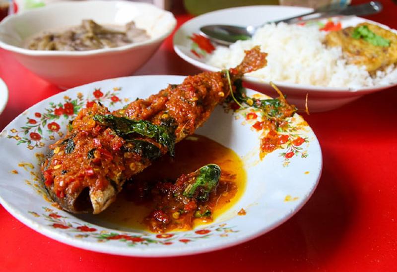 Rajnandini Family Restaurant & Caterers